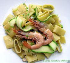 Calamarata con gamberi e zucchini