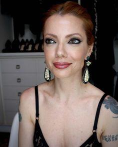 Julia Petit olhos delineados inspirados na maquiagem de Taylor Swift para o VMA.