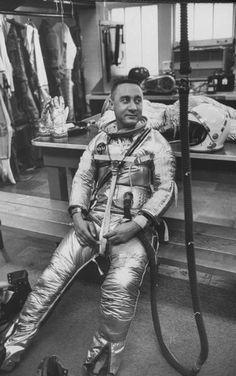Astronaut, Virgil Grissom testing pressure suit, 1960. S)
