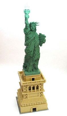 Statue of Liberty in Lego.....this is for my baby.