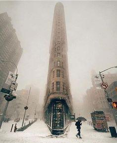 Флэтайрон-билдинг. Нью-Йорк.