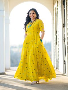Indian Bollywood Designer Pakistani Indo Western Long Gown Kurta Kurti With Pocket Mirror Work A-Line Anarkali Wedding Party Ethnic Dress Designer Anarkali, Kurta Designs, Blouse Back Neck Designs, Blouse Designs, Indian Dresses, Indian Outfits, Indian Long Frocks, Yellow Kurti, Yellow Gown