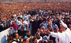 Perhaps John Paul II's greatest homily of his tenure was given during the mass at Victory Square in Warsaw. This was the Pope's first mass in Poland.