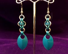 Chandelier Chainmaille Spiral Earrings Aluminum door TalespunMaille
