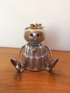 Robot robot sculpture Valentine gift by LovableLeftovers on Etsy  Check out the other things in this shop! Cute!!