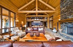 Log home interior design rustic cabin ideas small . Log Cabin Living, Log Cabin Homes, Log Cabins, Cabin Interior Design, House Design, Cabin Design, Cottage Design, Room Interior, Log Cabin Furniture