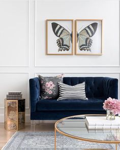 15 Lovely Living Room Designs With Blue Accents  Navy Sofa Gorgeous Living Room Sofas Decorating Inspiration