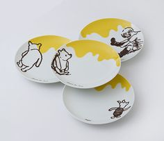 Classic Pooh plates (Afternoon tea website in Japan)