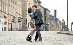 """Aime comme Mode #6 : Anne Hathaway dans """"Un jour""""."""