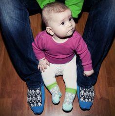Slovensko na nohy! Slovakia - socks - made in Slovakia Onesies, How To Make, How To Wear, Socks, People, Kids, Baby, Clothes, Fashion