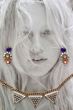 love how Le Fashion laid out our baubles! They have fabulous jewelery with even better prices...
