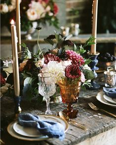 We're in love with this rich vintage-inspired fall tablescape from @gatherevents! (Photo by @briantropiano) #WeddingWednesday