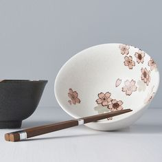 Bowl set with chopsticks Cherry Blossom - Made In Japan Europe Flower Ornaments, Chopsticks, Food Festival, Ceramic Bowls, Bowl Set, Cherry Blossom, Decorative Bowls, Dining Table, Shapes