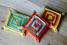Ojo de Dios Mexican Christmas Decoration. Remember making these as a child. Just taught my two.