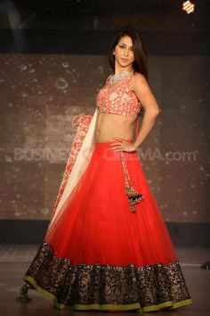 this one I have pinned to show the kind of fall I want in the ghagra