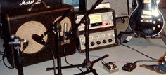 6 Tips for Recording Electric Guitar Using a Room Mic : Ask.Audio