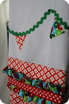 decorated dish towels...great gifts