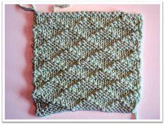 Trekanter i ret og vrang Crochet Top, Women, Fashion, Moda, Fashion Styles, Fashion Illustrations, Fashion Models, Woman