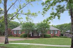 73 best jackson ms houses images homes house houses rh pinterest com
