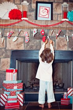 Use Children's mittens.  Put chocolate or written activity inside. Hang from string.  Hang from mantle or wrap around christmas tree. (*write down what days I scheduled activities, so I can plan.  Also, if need to change date - I'll know what to change without it being difficult)