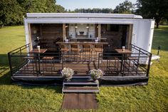 The Philly Yard Bar is the perfect way to take your outdoor party to the next level. This pop up bar with a rustic touch has everything you need. Outdoor Events, Outdoor Decor, Outdoor Bars, Outdoor Rooms, High Top Tables, Side Tables, Pop Up Bar, Mobile Bar, Decoration