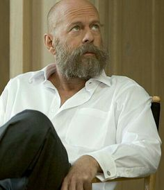Bruce Willis emits a good guy with a full beard. A head bald is cool anyway !!