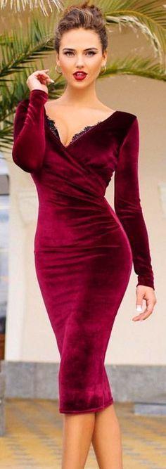 #winter #fashion / Burgundy V-neck Dress