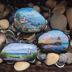 Gorgeous paintings on rocks! Pebble Painting, Pebble Art, Stone Painting, Rock Painting, Stone Crafts, Rock Crafts, Hand Painted Rocks, Painted Stones, Rock And Pebbles