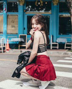 Maxim Korea And More Hot Korean Babes Pretty Korean Girls, Cute Korean Girl, Cute Asian Girls, Cute Girls, Slender Girl, Petty Girl, Ulzzang Korean Girl, Uzzlang Girl, Bad Girl Aesthetic