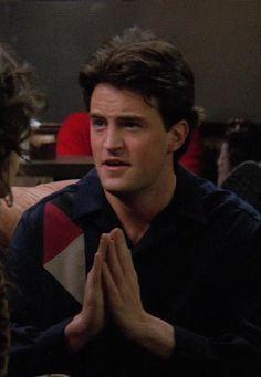 Chandler Friends, Serie Friends, Joey Friends, Friends Cast, Friends Moments, Friends Tv Show, Friends Forever, Matthew Perry Young, Matthew Perry Friends