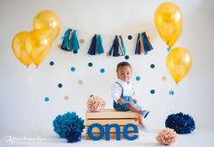 53 trendy baby first birthday cake ideas signs Baby First Birthday Cake, 1st Birthday Parties, Happy Birthday Boy, 1st Birthday Photoshoot, 1st Birthday Pictures, 1st Birthdays, Brown Eyes, Diy Cake Smash, Cake Photography
