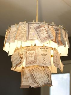 DIY Hanging Light DIY Pendant Light Have you ever strayed through a version to house and appreciate the Homemade Chandelier, Old Chandelier, Chandelier Ideas, Chandeliers, Outdoor Chandelier, Diy Old Books, Old Book Crafts, Paper Crafts, Diy Hanging