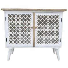 Trendy Ideas For White Screen Door Bedrooms Wicker Furniture, Living Furniture, Painted Furniture, Bedside Cabinet, Cabinet Doors, Bedroom Screens, Porch Bar, Screened Porch Decorating, Diy Screen Printing