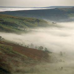Castleton Valley, Peak District, England.