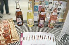 Onli sampling at Publix in Tampa Fl #elevatingtaste #allnatural #sparkling #sparklingwater #beverages #onlibeverages #sampling #bar #cheers #refreshing #glutenfree #palmbeach #nongmo #kosher #publix #wholefoods #demo