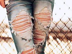 Ripped jeans <3 http://cute-spot.com <3