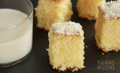 Bizcocho sin gluten de coco y ron - http://www.thermorecetas.com/bizcocho-sin-gluten-coco-ron/