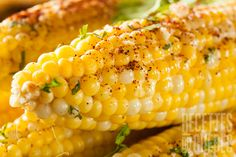 12 Healthier Toppings for Corn on the Cob Freezing Fresh Corn, I Am Always Hungry, Kamado Joe, The Husk, Cleveland Clinic, Corn On Cob, Veggie Side Dishes, Sweet Corn, Grilling Recipes