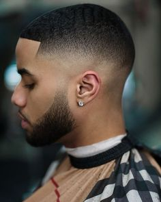 One of the best mid fade haircuts Black Hair Fade, Black Man Haircut Fade, Drop Fade Haircut, Short Fade Haircut, Black Hair Cuts, Black Men Haircuts, Black Men Hairstyles, Short Hair Cuts, Curly Hairstyles