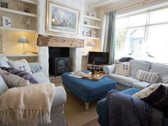 🌊 A bright and airy seaside cottage located in the heart of the quaint fishing village that is Robin Hood's Bay, perfectly appointed to explore the stunning Yorkshire coastline with all its attractions. Cottages Uk, Painted Floorboards, Tongue And Groove Panelling, Robin Hoods Bay, Old Fisherman, Travel Cot, House Made, Coastal Cottage, Blue Accents