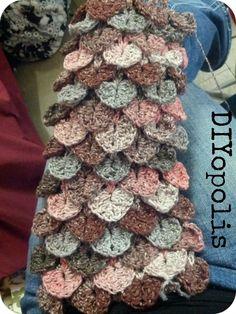 Crochet Crocodile Stitch Scarf - DIYopolis