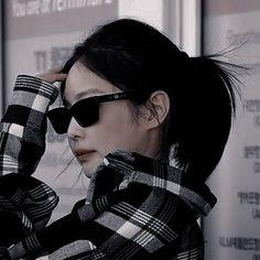 Jeon Jungkook Photoshoot, Jennie Kim Blackpink, Kpop Couples, Cat Aesthetic, Lady And Gentlemen, Pretty Woman, Kpop Girls, Makeup Looks, Korea
