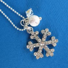 Sparkly Snowflake winter necklace by heysista on Etsy, $12.50