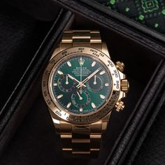 The Rolex Daytona (Ref. 116508) is not just your average wristwatch, it is one of the most popular Rolex Daytonas on the market. Featuring a yellow gold case and bracelet combined with a deep green dial, this Daytona is something exotic in the Rolex line-up. With a 40-mm case, a water resistance of up to 100 metres and the precise chronometer-certified calibre 4130, the Ref. 116508 is more than just beautiful. It is a reliable luxury watch that can be worn every single day of the year. Geneva Switzerland, Rolex Models, Luxury Watch Brands, Rolex Daytona, Rolex Watches, Bracelets, Exotic, Gold, Deep