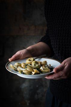 Tortelli di cavolo nero e crema al Castelmagno dop