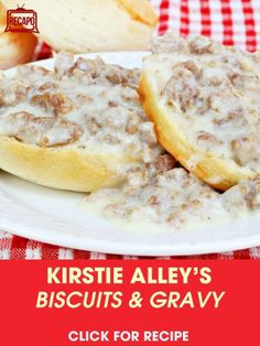 Making a delicious and hearty breakfast sausage gravy is easier than you think! Keep this quick, easy Sausage Gravy recipe on hand for when you need something fast and delicious. Best Sausage Gravy Recipe, Southern Sausage Gravy, Easy Sausage Gravy, Biscuit N Gravy Recipe, Easy Gravy Recipe, Sausage Gravy And Biscuits, Spicy Sausage, Southern Biscuits, Cheese Biscuits