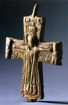 Árpád-kori mellkereszt a (VIII-IX. / Cross of pectoral from the century. of Hungary, so the Hungarians were Christians much earlier than 1000 AD. Hungary History, Wooden Chair Plans, Iron Age, Folk Music, Ceramic Jewelry, Crucifix, Wood Carving, Archaeology, Christianity