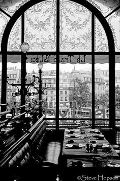 "Paname Paris 100 on Twitter: ""Steve Hopson Le Train Bleu Paris… "" Le Train Bleu Paris, Places To Travel, Places To See, Paris Black And White, Paris Cafe, Paris Travel, Black And White Photography, Wonders Of The World, Travel Inspiration"
