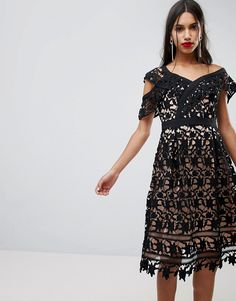 ADELYN RAE WHITNEY ONE SHOULDER LACE DRESS - BLACK. #adelynrae #cloth #