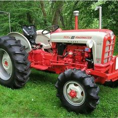1958 Ford 841 Diesel tractor with Elenco conversion Farmall Tractors, Ford Tractors, John Deere Tractors, Ford Trucks, Pickup Trucks, Antique Tractors, Vintage Tractors, Vintage Farm, Vintage Tools